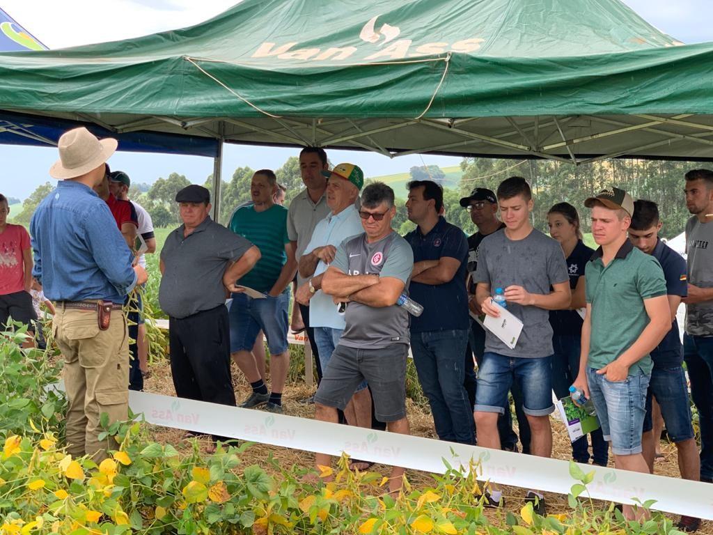 Apresentação de cultivares no Dia de Campo Agro Colheita
