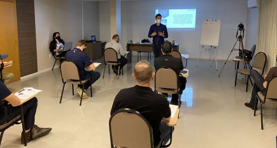 Equipe da Van Ass Sementes participa de treinamentocom foco na filosofia Lean